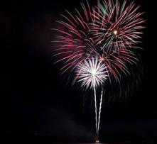 Fireworks 2016 Triple 221x203
